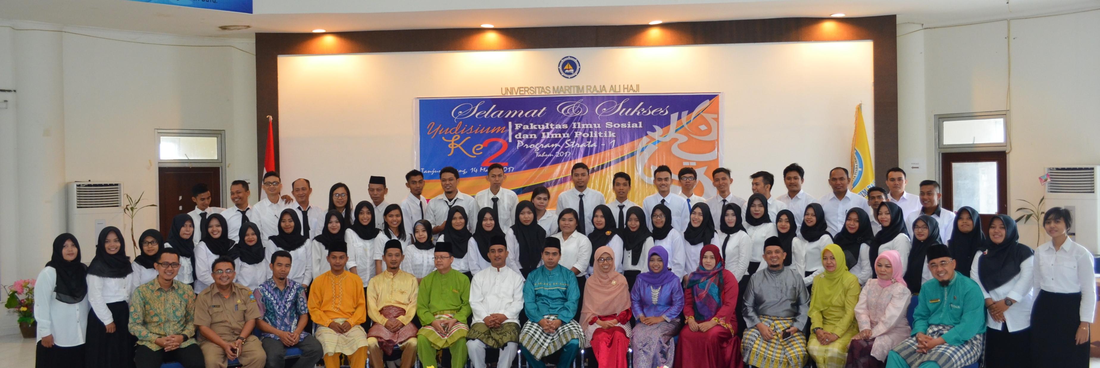 Yudisium Sarjana ke-2 Fakultas Ilmu Sosial dan Ilmu Politik UMRAH
